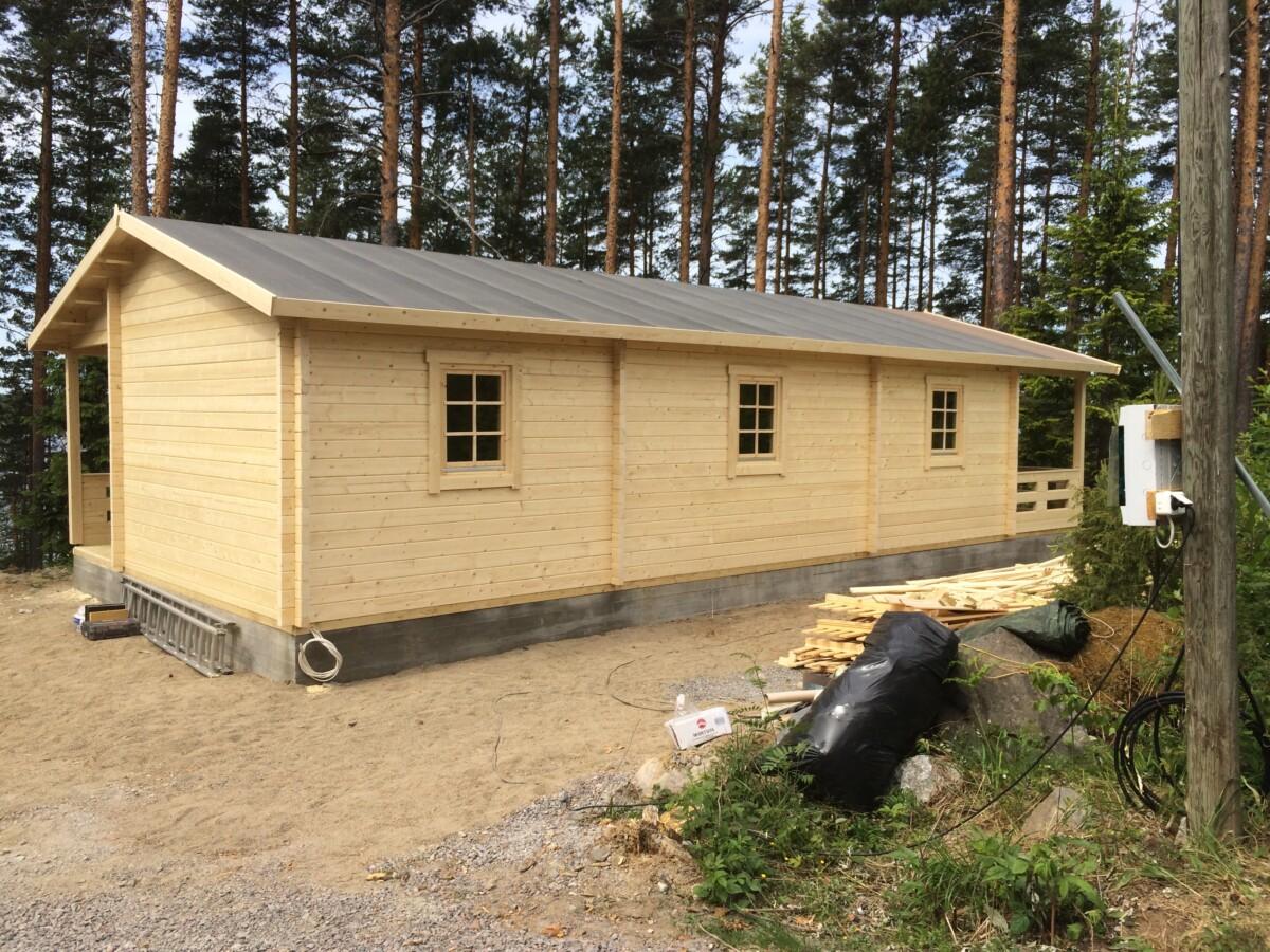 Nach Ihren Wünschen entworfene und modifizierte Gartenhäuser und Blockhäuser – auch in Österreich!